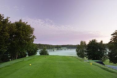Golfbana vid Mjölkeröds Golfklubb.