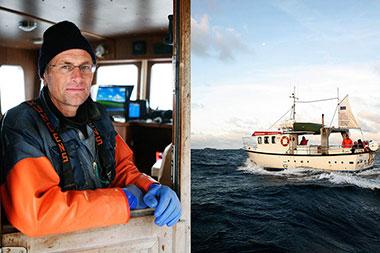 Skärgårdsbåten M/S Mira och skeppare.